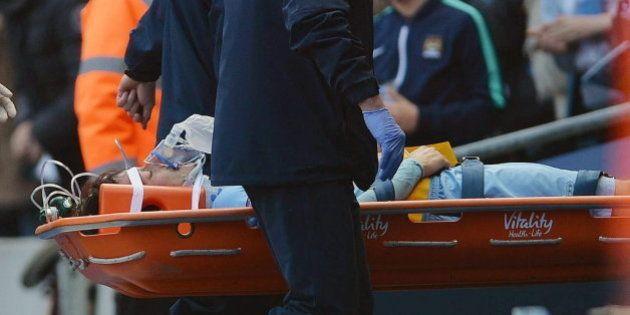 Silva, retirado en camilla y con oxígeno tras recibir un codazo en la cara