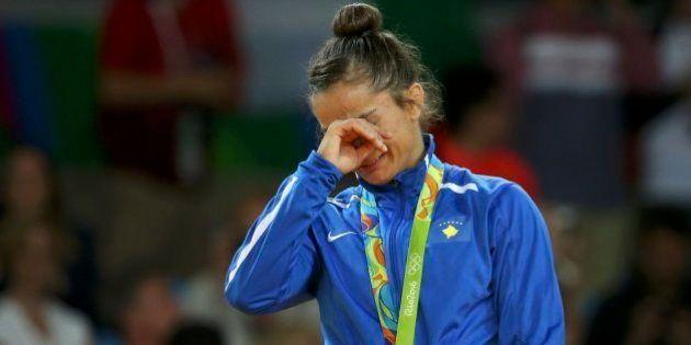La judoca Kelmendi da a Kosovo su primer oro en unos Juegos