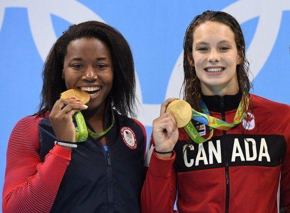 La (casi) inaudita imagen de dos nadadoras tocando la pared exactamente al mismo