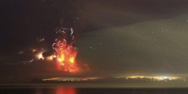 Las impresionantes fotos de la erupción del volcán