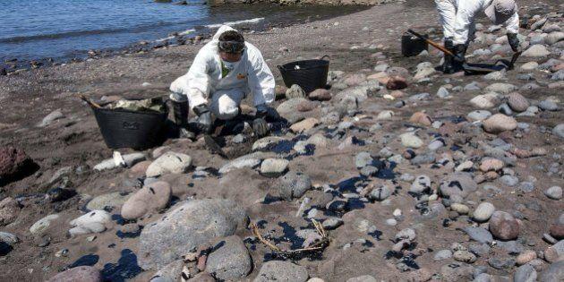 Se recogen 120 kilos de chapapote en playas del suroeste de Gran
