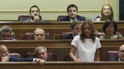 El PSOE abre expediente a los diputados del