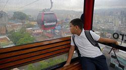 En bote, teleférico o moto: cómo llegan al colegio los niños de todo el mundo