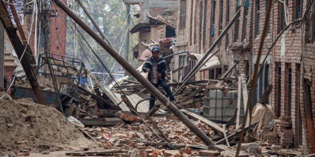 Las muertes por el terremoto de Nepal superan las