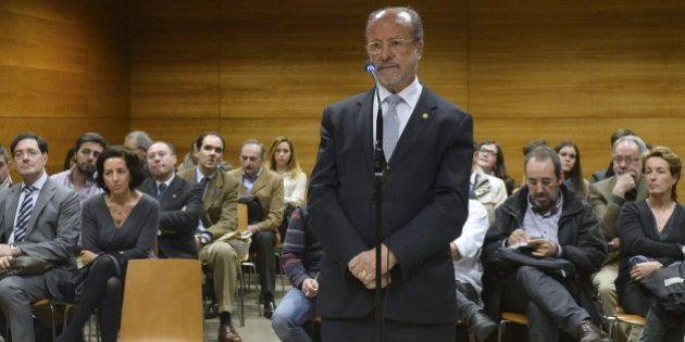 León de la Riva, ante el juez: