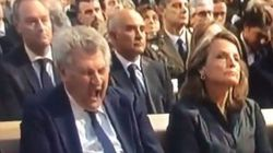 No es el león de la Metro: es Posada en el funeral por Germanwings