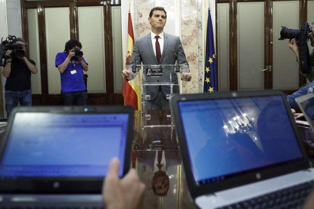 El presidente de Ciudadanos, Albert Rivera, ayer durante una rueda de prensa en el