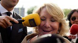 Admitida a trámite la querella contra Aguirre por vincular a Podemos con
