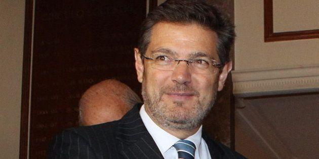 Catalá se echa atrás y dice que el Gobierno no tiene intención de sancionar a los
