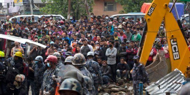 El drama de Nepal: casi 5.500 muertos y 11.000