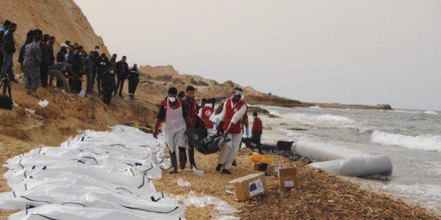 Hallan 74 cadáveres de inmigrantes frente a la costa de
