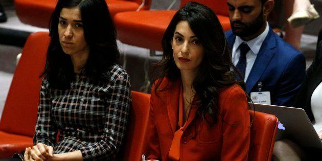 La abogada Amal Clooney (derecha) y la activista yazidí Nadia Murad, durante la sesión del Consejo de...