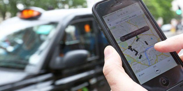 Uber pierde la licencia para operar en Londres por suponer un riesgo para la