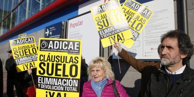 Varios miembros de Adicae se manifiestan en Madrid el pasado noviembre.