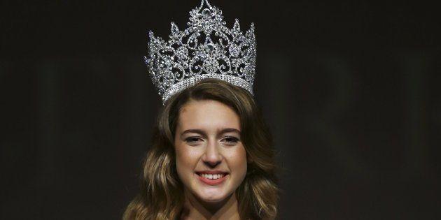 Miss Turquía 2017 pierde la corona por un tuit sobre su
