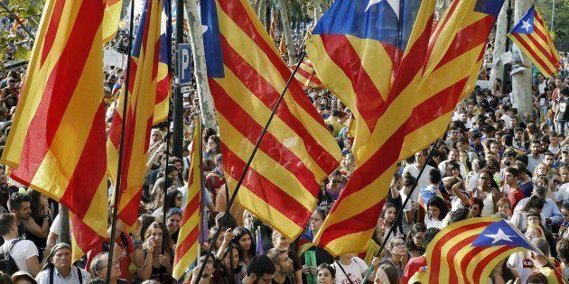 El 61% de los catalanes considera que el referéndum no es válido, según