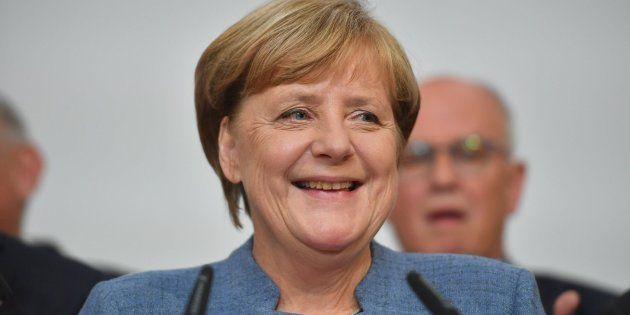 La canciller alemana, Angela Merkel, valora los
