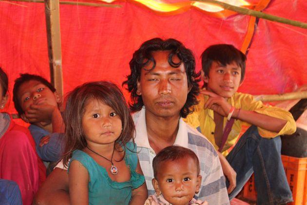 ¿Cuándo nos devolverán nuestras casas? Los niños de Nepal tras el