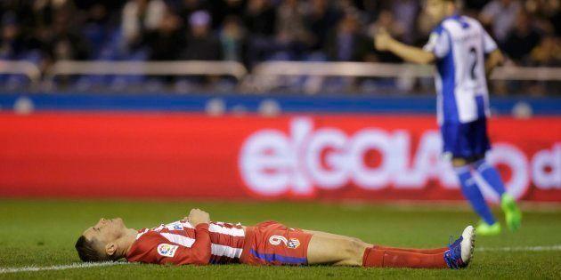 Torres, al hospital tras caer conmocionado por un