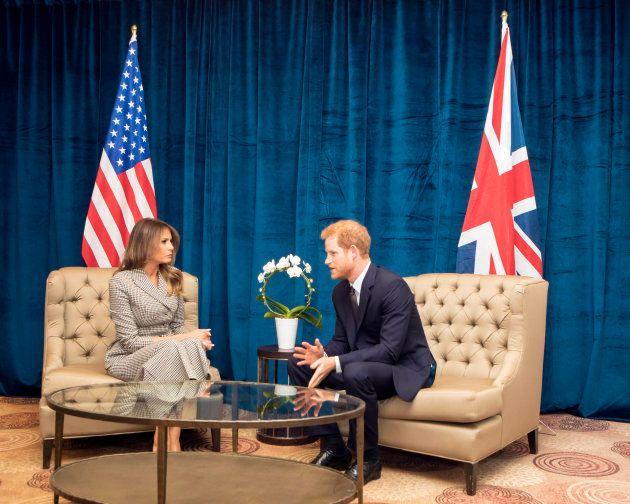 Melania Trump y el príncipe Harry el 23 de septiembre de 2017 en Toronto,