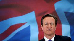 Los británicos votan con la mano en el