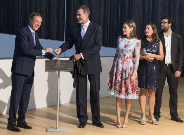 Los reyes Felipe y Letizia con la presidenta de la Comunidad Balear, Francina Armengol, Gabriel Escarrer,...