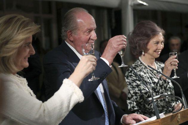 El rey Juan Carlos ve imprescindible el consenso para la estabilidad
