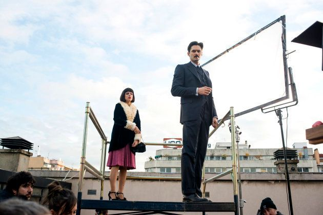 Maggie Civantos y Sergio Mur durante el rodaje de 'Las chicas del