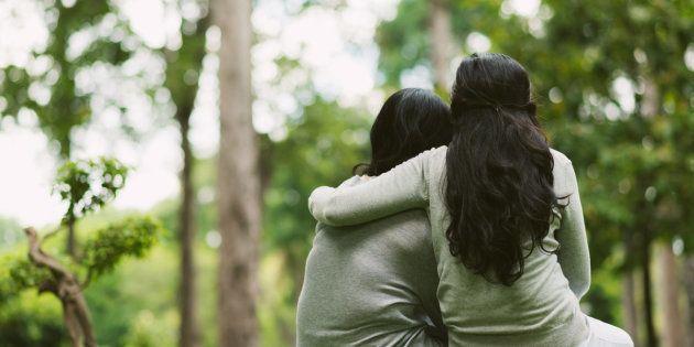 Cómo ayudar a un hermano que padece una enfermedad