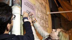 Placas clandestinas para las víctimas del terrorismo en