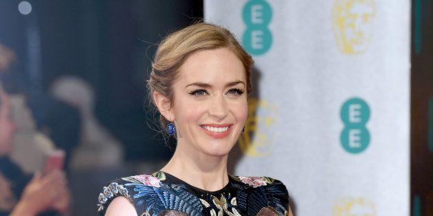 La actriz Emily Blunt durante la alfombra roja de los premios Bafta en
