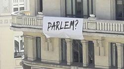 La llamada de Àngels Barceló a imitar este cartel que invita a
