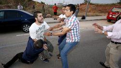 Un joven trata de abalanzarse sobre Fabra en su visita al