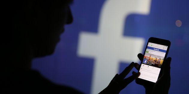 Bruselas amenaza con sancionar a Facebook y Google si no retiran más rápido contenidos