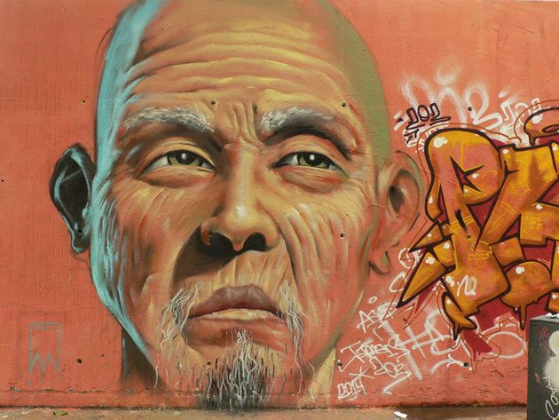 Barcelona, a través de los grafitis fotografiados por Lluís Olivé