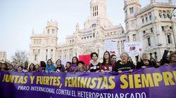 Miles de personas marchan en Madrid por la