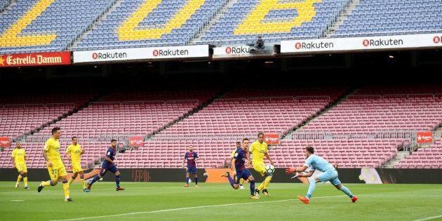 El Camp Nou, vacío durante el