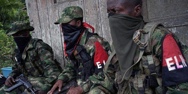 Soldados del ELN en un descanso en el