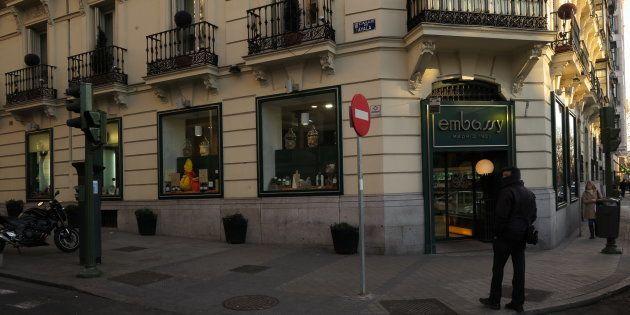 Entrada del local original de Embassy, en el Paseo de la Castellana,