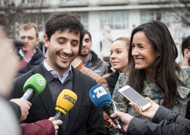 Toni Roldán junto a la portavoz de Ciudadanos en el Ayuntamiento de Madrid Begoña