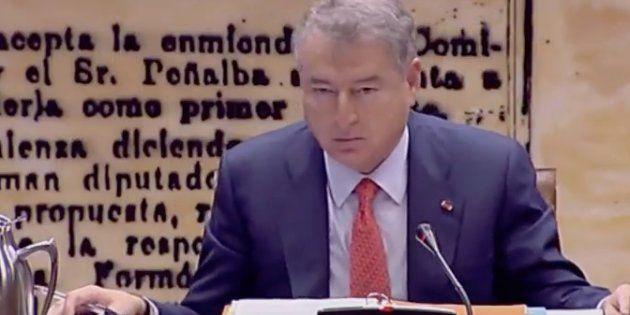 Un micro abierto 'caza' al presidente de RTVE: