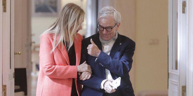 La presidenta de la Comunidad de Madrid Cristina Cifuentes junto a Francisco