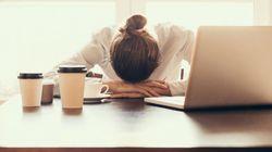 14 cosas que todos hacemos al volver al trabajo después de