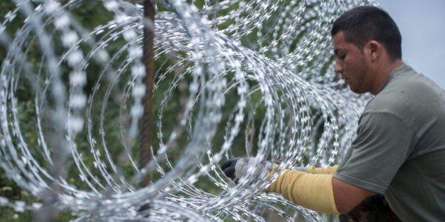 Un 'sheriff' de Massachusetts (EEUU) ofrece a presos para construir el muro de