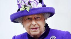 Un guardia estuvo a punto disparar a Isabel II de