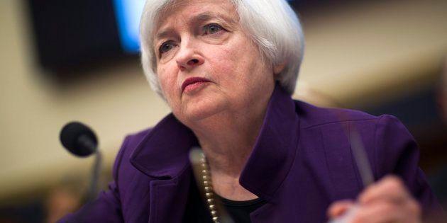 La Reserva Federal de EEUU eleva los tipos de interés al 1% y mantiene su previsión de dos subidas más...