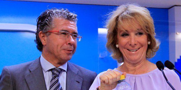 Francisco Granados y Esperanza Aguirre, en una reunión de la junta directiva del Partido Popular de Madrid...