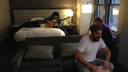 Music in NY (I) : Josemi Carmona, Colina y Bandolero improvisan en la habitación de su hotel en