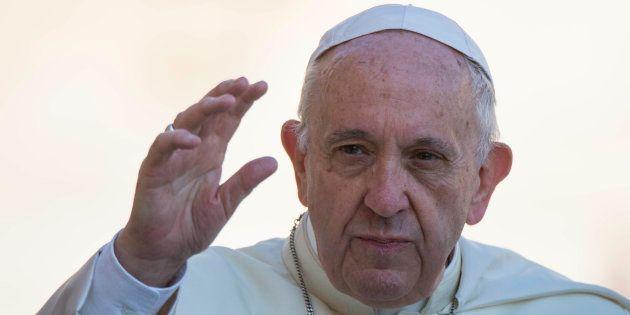 El Vaticano no reconoce