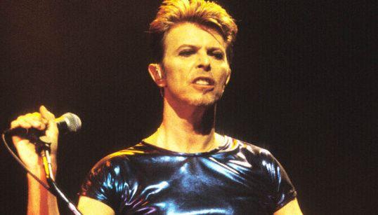 Un año sin David Bowie: la gráfica que resume los grandes hitos de su